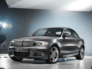 01-2013-bmw-1-series-limited-edition-lifestyle-package-628
