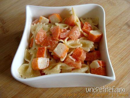 Salade pâtes surimi tomate