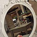 miroir patiné blanc poudré
