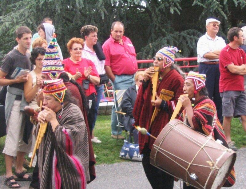 2006 08 FEP Machaqa parade (3)
