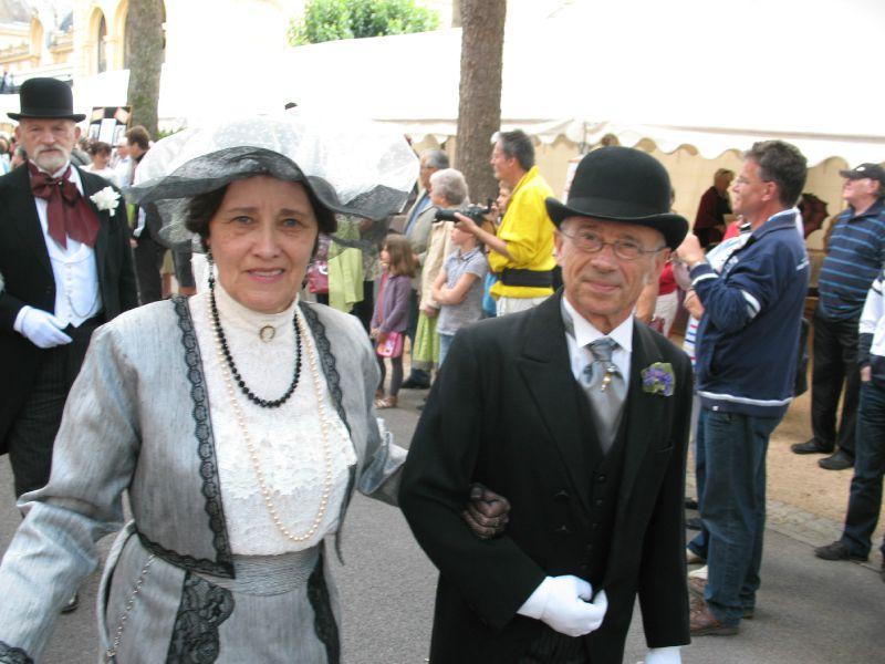 2011 (82)