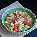 Salade de fenouil, avocat, pamplemousse rose et crevettes