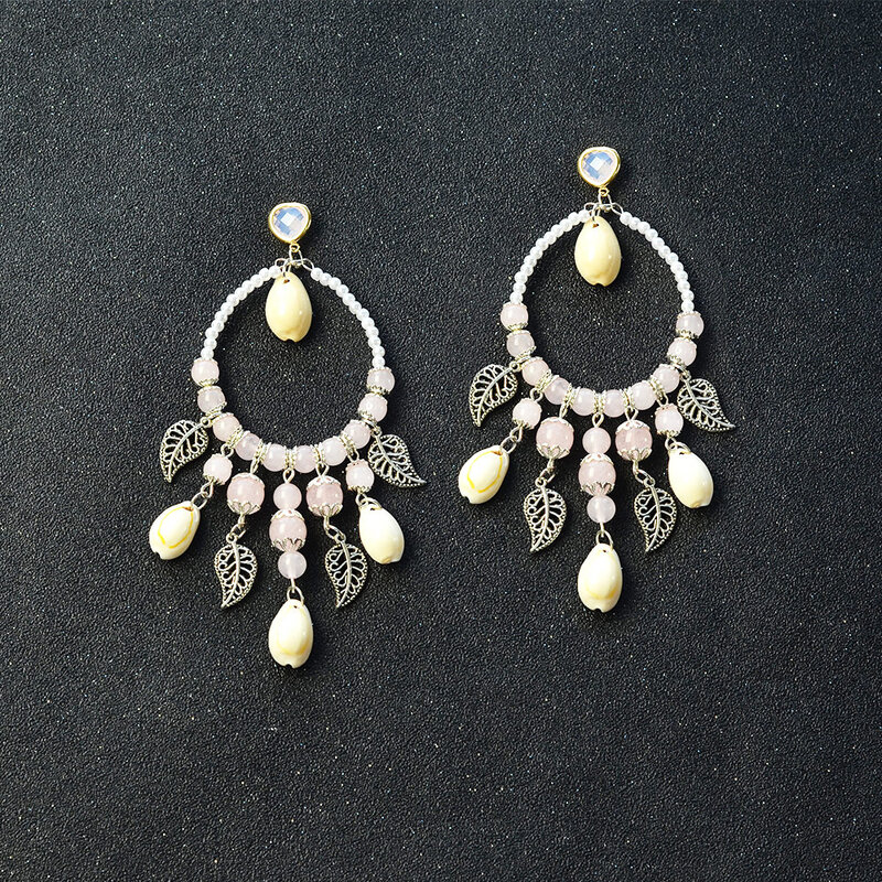 Shell-and-Quartz-Beads-Pendants-Hoop-Earrings-5