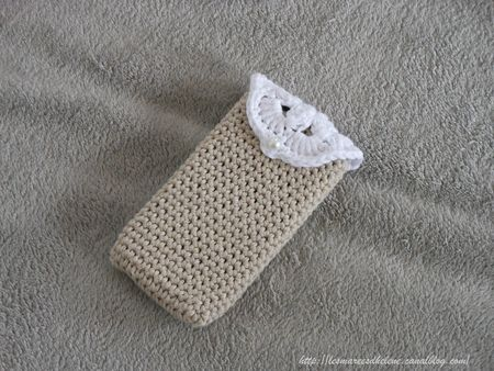 Crochet Etui Smartphone Iphone 05