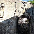 Chiro de pierre (rue de l'Arceau, Poitiers)(1)
