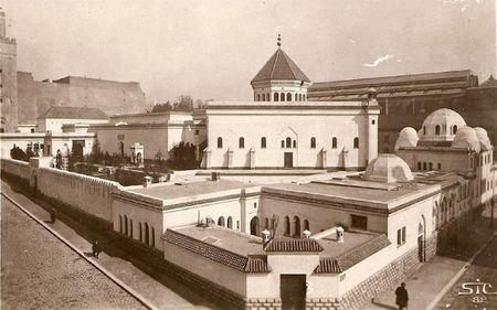 mosquée de Paris angle des rues