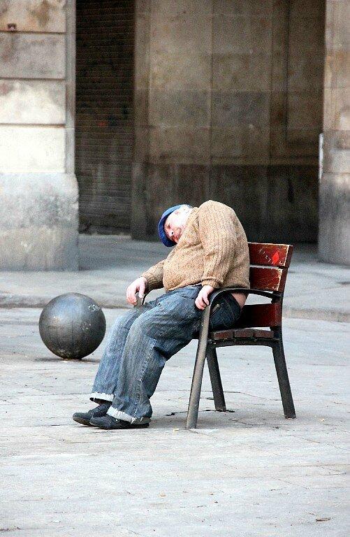 4-Barcelone, Placa Reial (dormeur)_6830