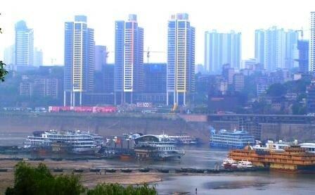 Chongqing, bateau de croisière sur le fleuve