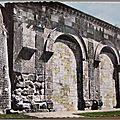 Langres - la porte romaine - datée 1965