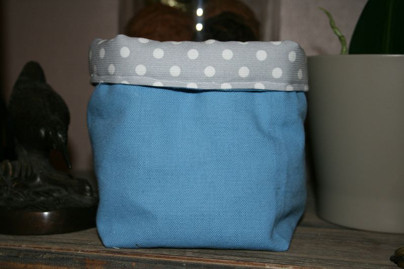 petit sac ou panier en tissu un jour d 39 t confection de cort ges v tements enfants et. Black Bedroom Furniture Sets. Home Design Ideas