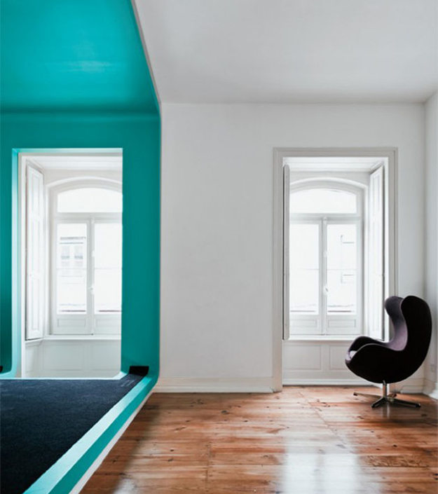 Graphic-Wall-Color-Block-Teal