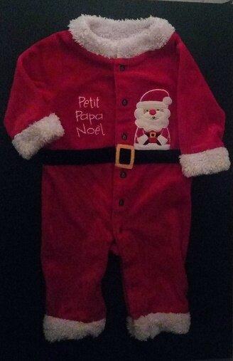 *Grenouillère Petit Papa Noël, 6 mois