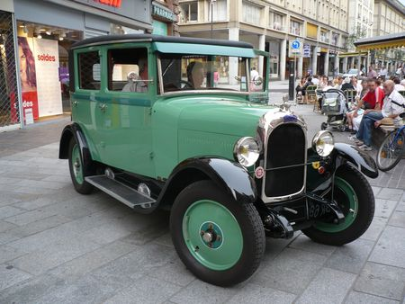 CHENARD___WALCKER_Y6_berline_4_portes_1929_Mulhouse__1_