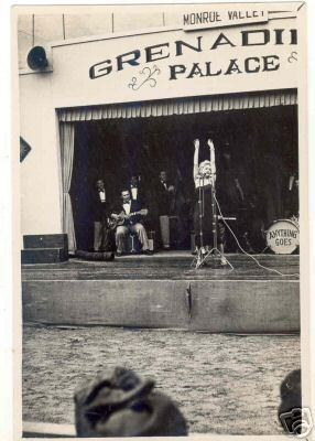 1954-02-17-korea-grenadier_palace-stage-040-1