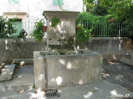 5_FONTAINE_PLACE_DE_L_EGLISE