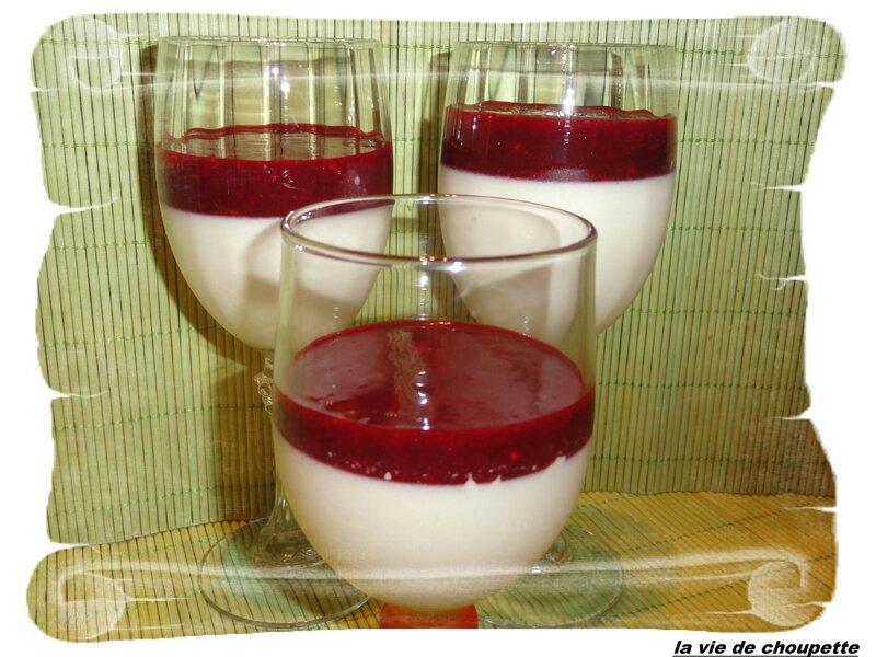 panna cotta au thé vert et coulis de fruits rouges-1834