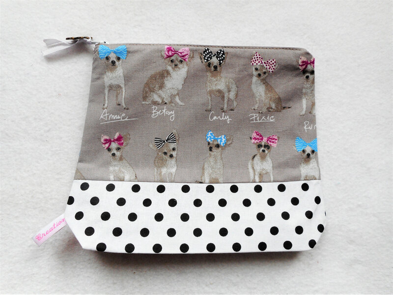 Trousse chihuahuas pois face