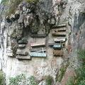 Tombes perchees dans les montagnes Sagada