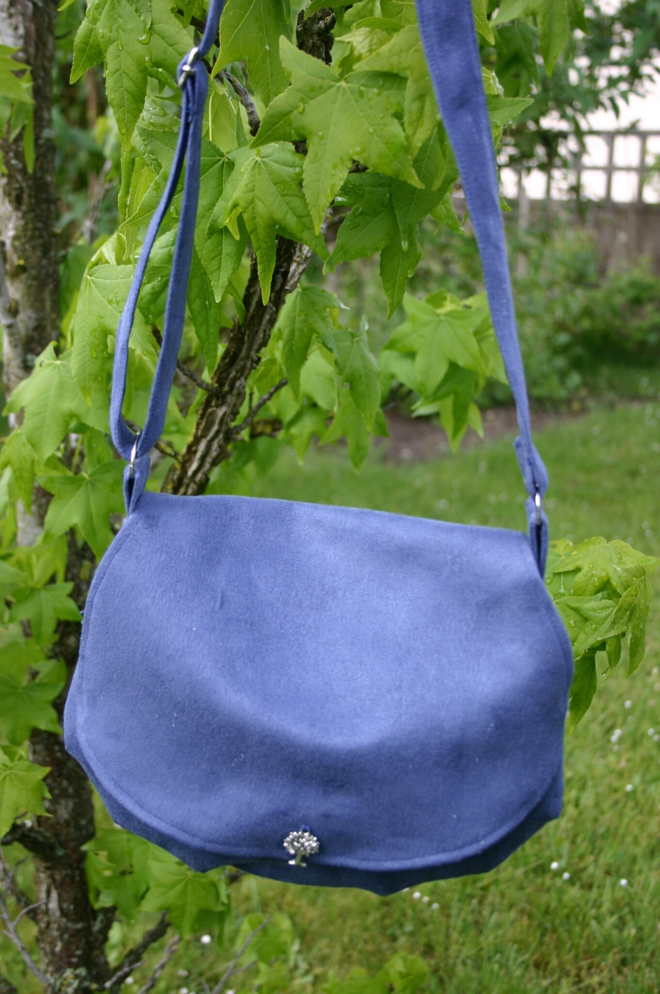 besace bleue 160