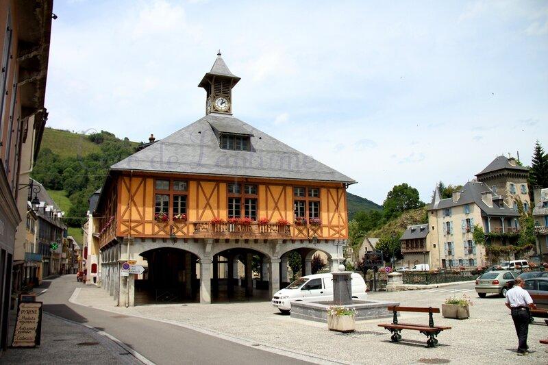 IMG_8470_Mairie-halles-Arreau