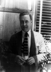 220px-Francis_Scott_Fitzgerald_1937_June_4_(1)_(photo_by_Carl_van_Vechten)