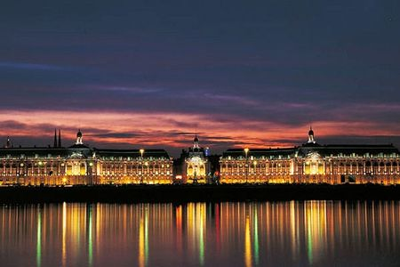 bordeaux_port_lune_472124