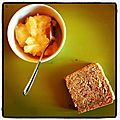 Cake moelleux aux noisettes et compote de pommes bio