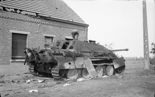 The_British_Army_in_North-west_Europe_1944-45_BU868