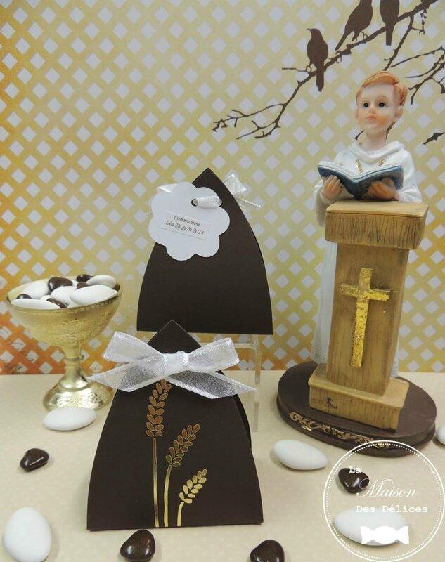 ballotin dragees missel communion communiant sujet autel chocolat marron dore epi ble calice etiquette ruban blanc organza organdi