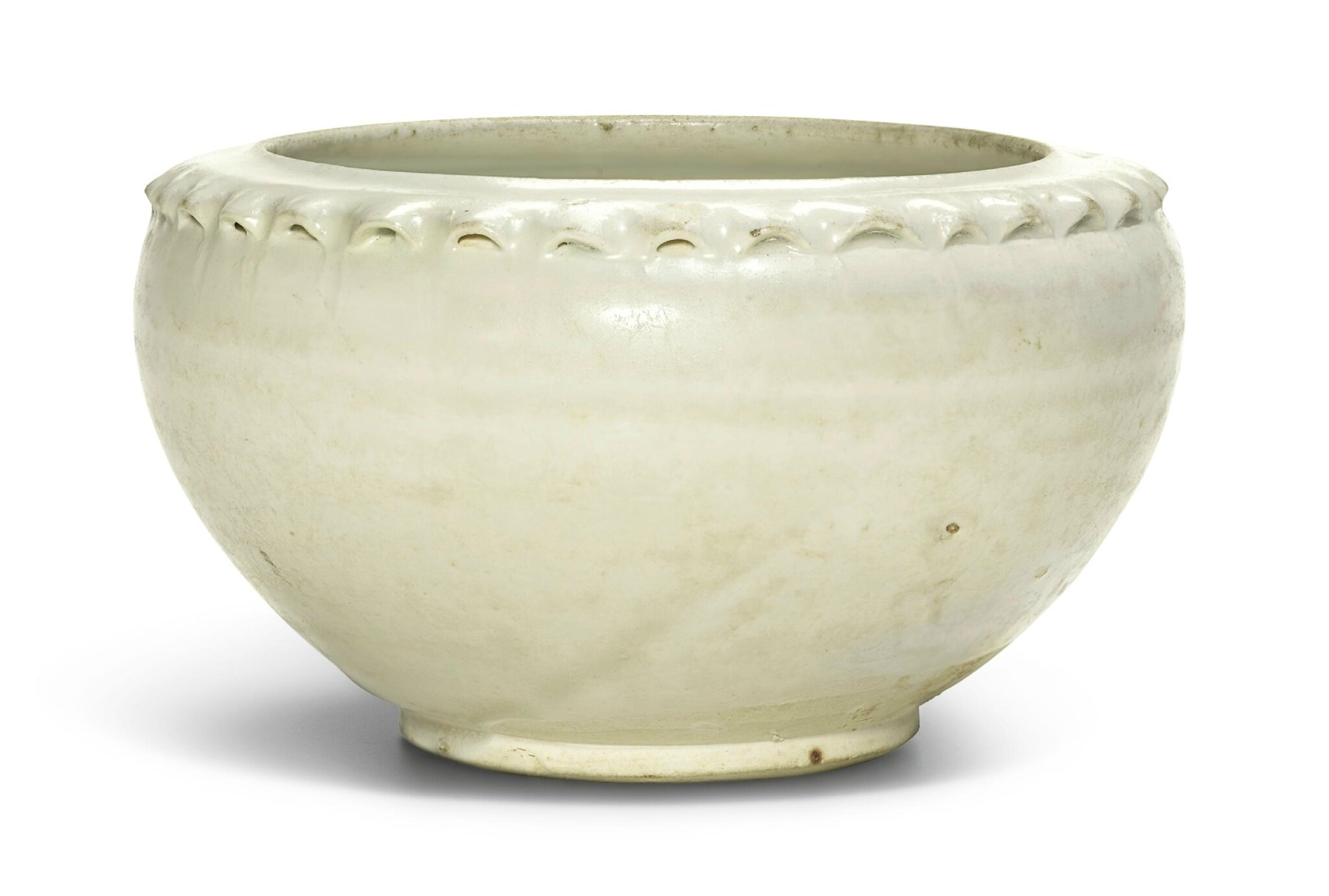 A 'Cizhou' white-glazed bowl, Song dynasty (960–1279