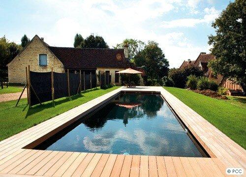 Rev tement piscine une couleur un effet les univers de j0ulia - Liner noir pour piscine ...
