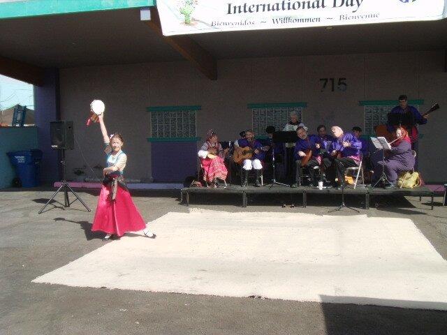 Danseuse gitane & orchestre de balalaikas