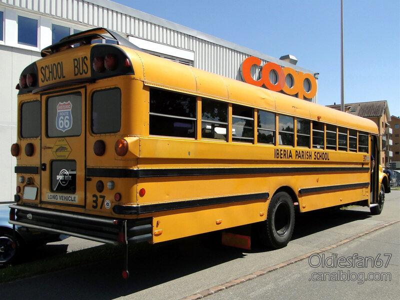 Chevrolet B-series school bus 1967-1978-02