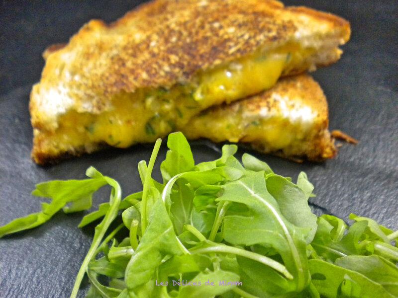 Grilled cheese au cheddar 5