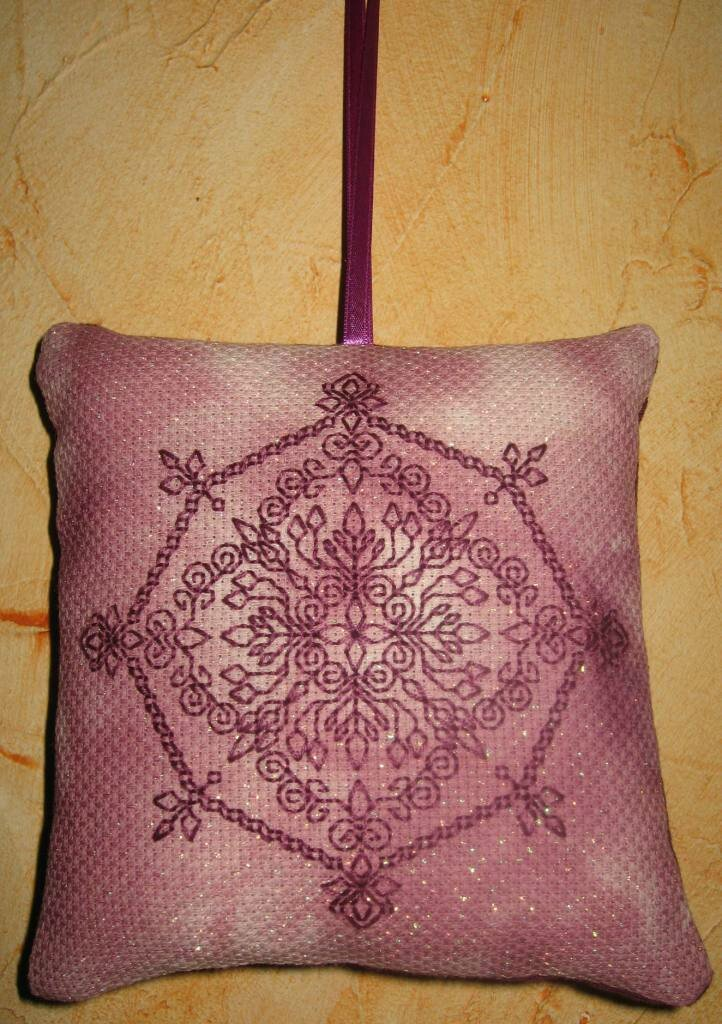 Pendouille blackwork