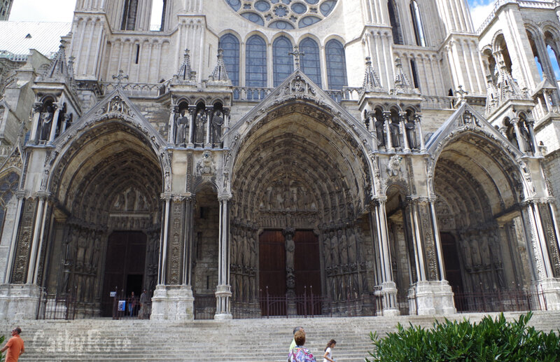 && Chartres (30)