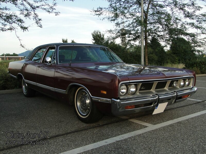 dodge-monaco-brougham-sedan-1969-1