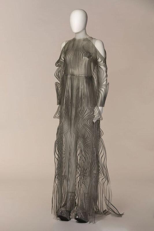 costume-d-iris-van-herpen-pour-pelleas-et-melisande_6237414