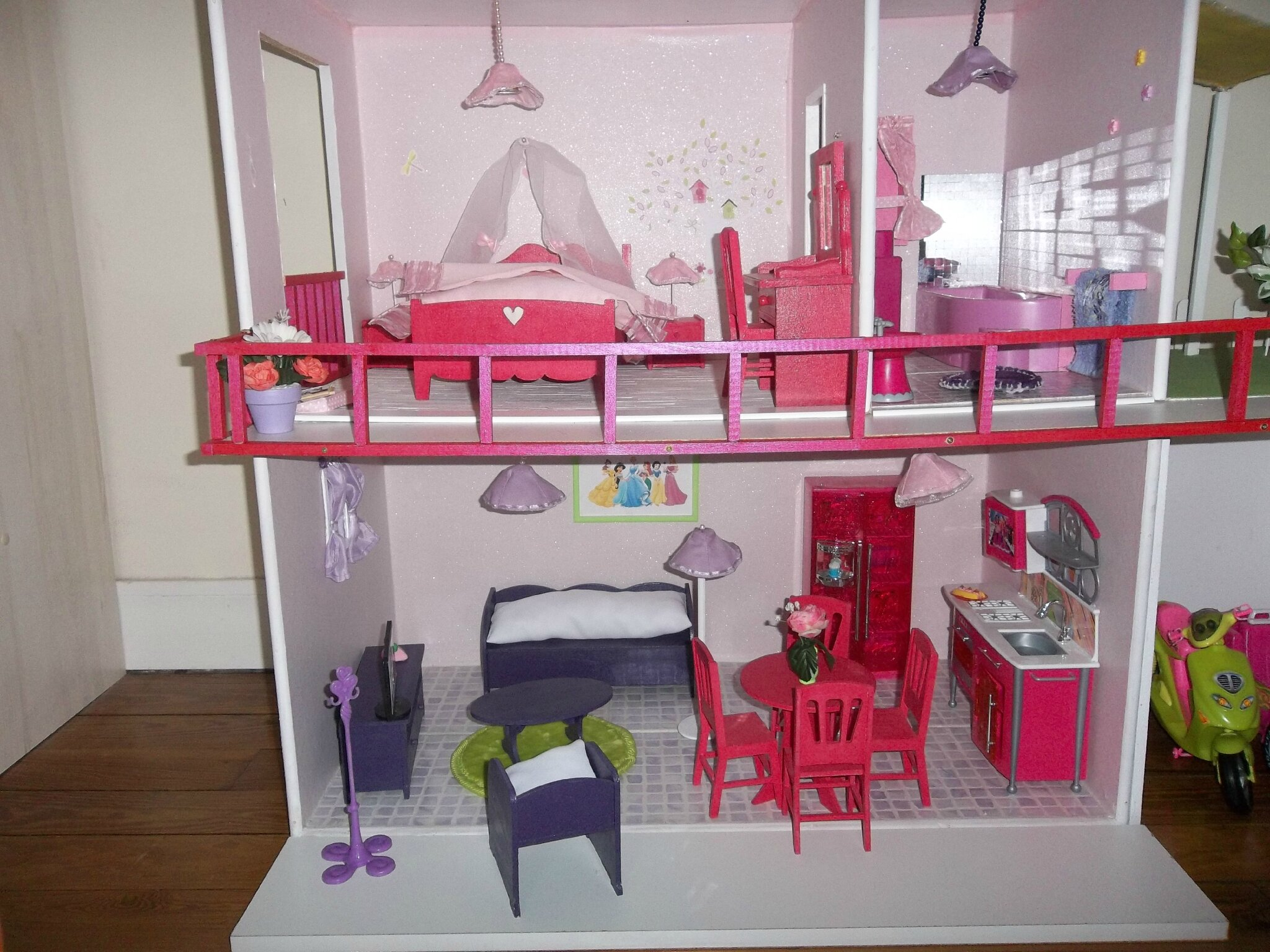 fabrication maisons de poup e barbie construction de maisons de poup e barbie. Black Bedroom Furniture Sets. Home Design Ideas