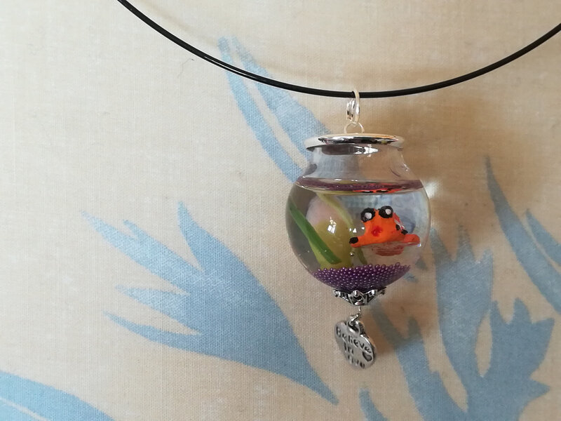 pendentif aquarium violet orange3