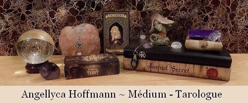 Angellyca Hoffmann - Médium - Tarologue