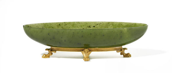 Faberge_tray_nephrite