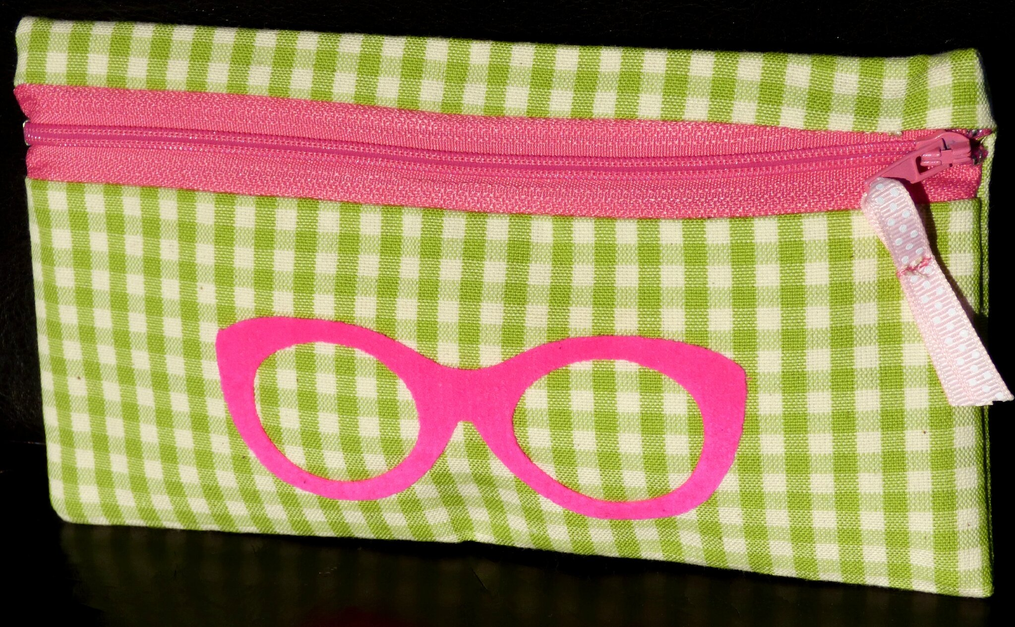trousse zippée vichy vert et lubettes flex rose