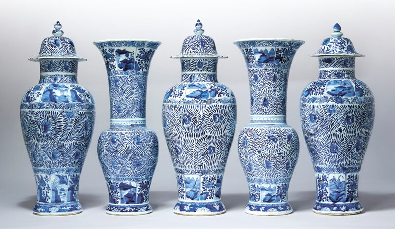 2020_NYR_18087_0009_000(a_very_large_blue_and_white_five-piece_garniture_kangxi_period)