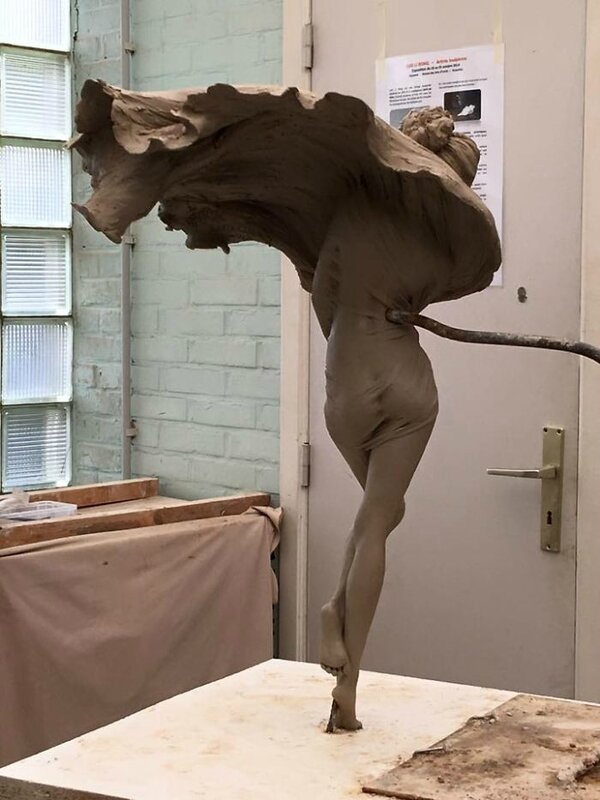 _Luo_Li_Rong_esculturas_bellas_mujeres_15