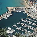 Calpe, Peñón de Ifach, vue du sommet, le port (Espagne)