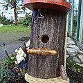 mangeoires et nichoirs pour les oiseaux