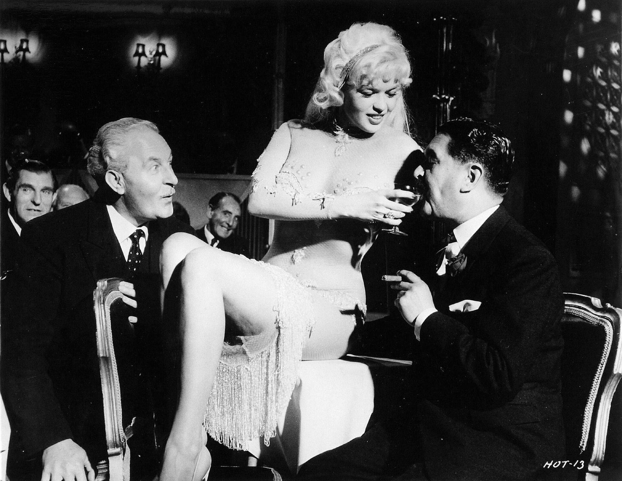 jayne-1960-film-too_hot_to_handle-film-2-1