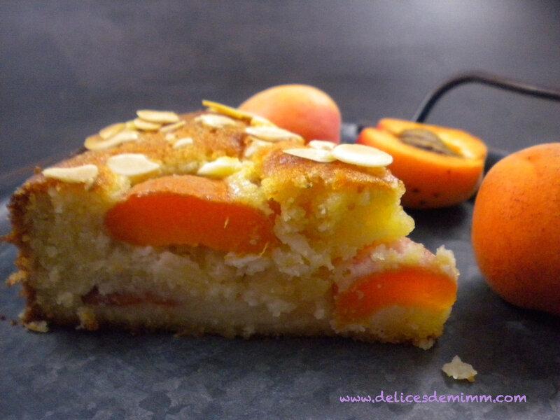 Gâteau fondant aux amandes et aux abricots 4
