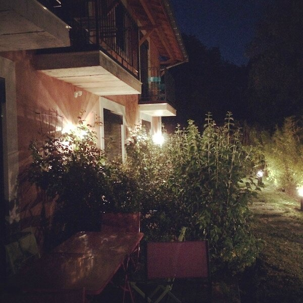 Gite_terrasses_eclairees